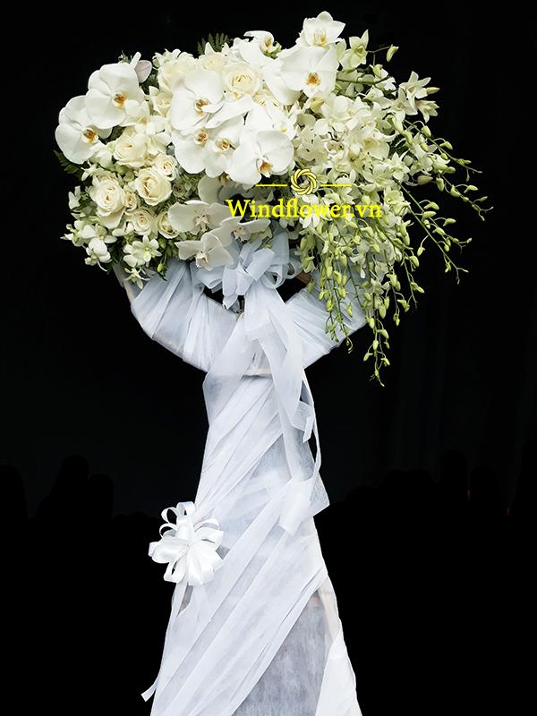 đặt hoa chia buồn sang trọng, đặt hoa tang lễ đẹp